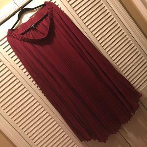 Berry accordion pleat Torrid skirt